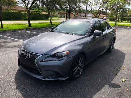 2016 Lexus IS 200t 4dr
